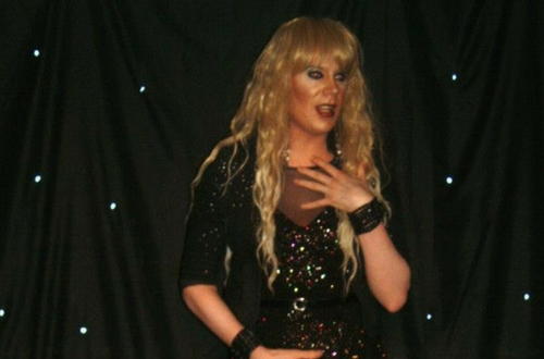 Charmin Eletrik Drag Queen Ireland (1)